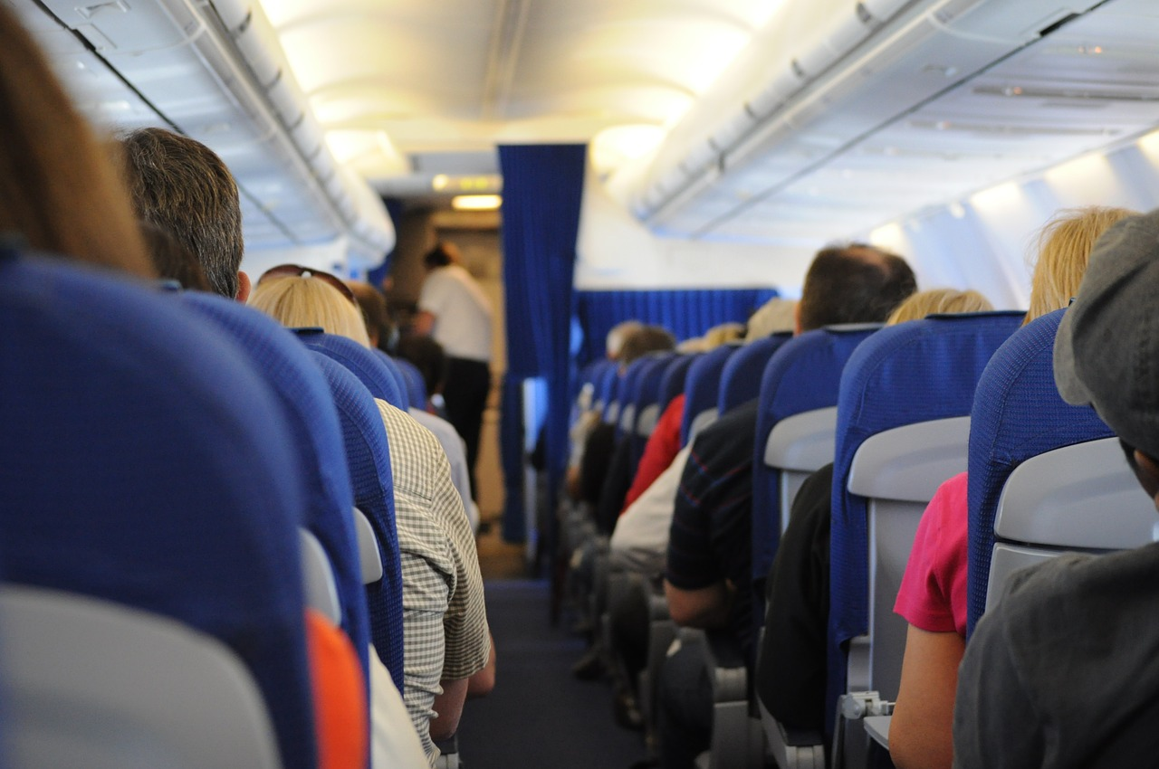 10 Tips for Surviving Long Flights in Coach